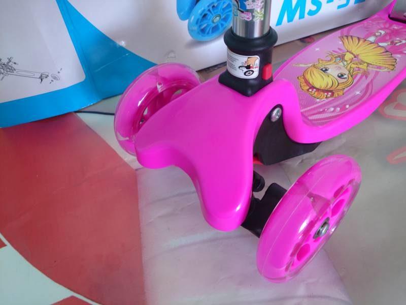 Самокат Maxi Scooter MS-920 pink колеса