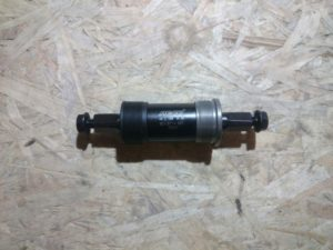 Каретка Neco 68x122.5 мм